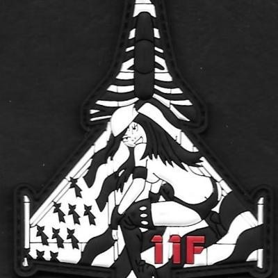 11 F - silhouette Breizh pinup - mod 1