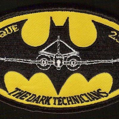 23 F - Avionique - The dark technicians